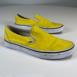 Vans Classic Slip On in Yellow - Size 9.0